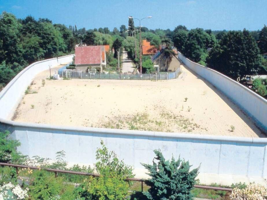 Entenschnabel Die Grenze Zwischen Glienicke Und Hermsdorf 1982