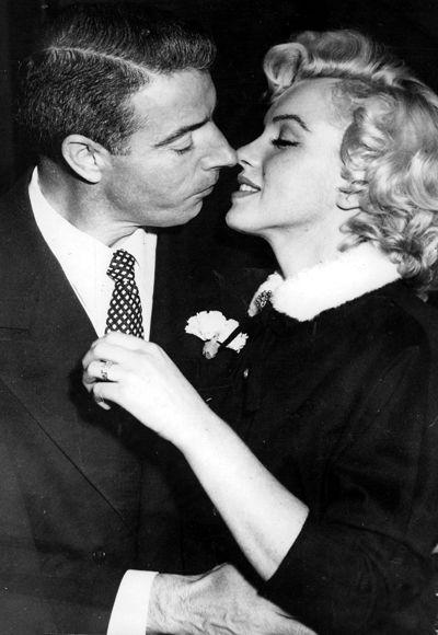 Marilyn Monroe and Joe DiMaggio 1954 San Francisco's City Hall