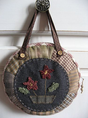 How sweet is this little punch needle project?! Loving it!