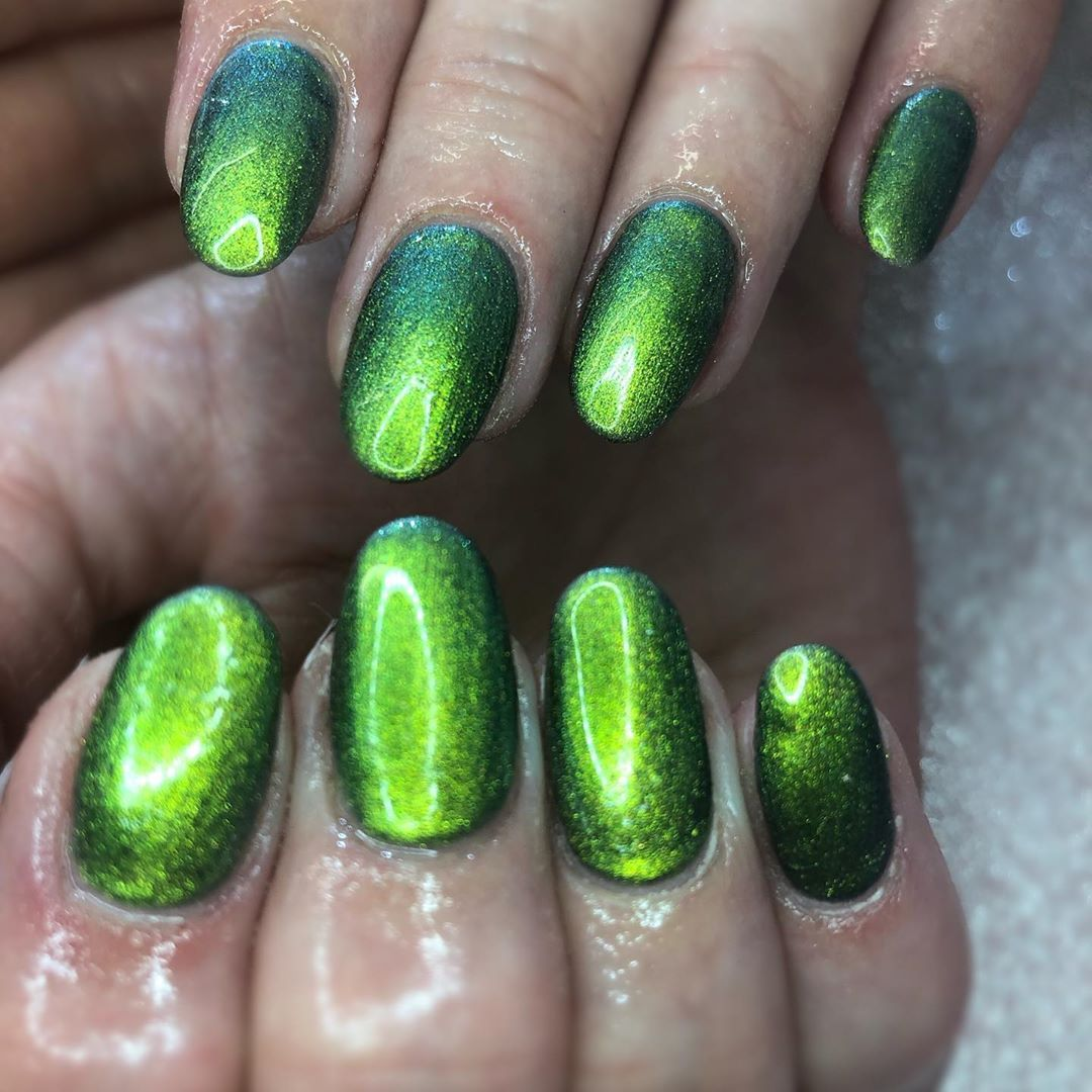 Just A Few Simple Nails Both Acrygel Green Metalicnails