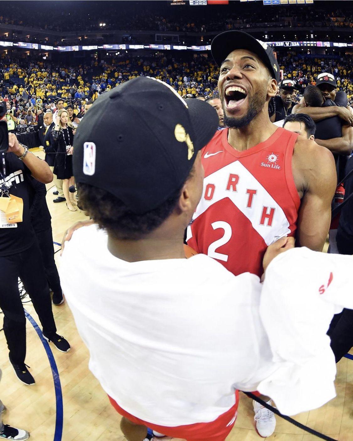 All smiles 🏆 Nba players, Toronto raptors, Maple leafs