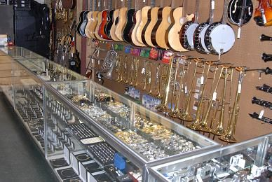 17++ Should i buy jewelry from a pawn shop info