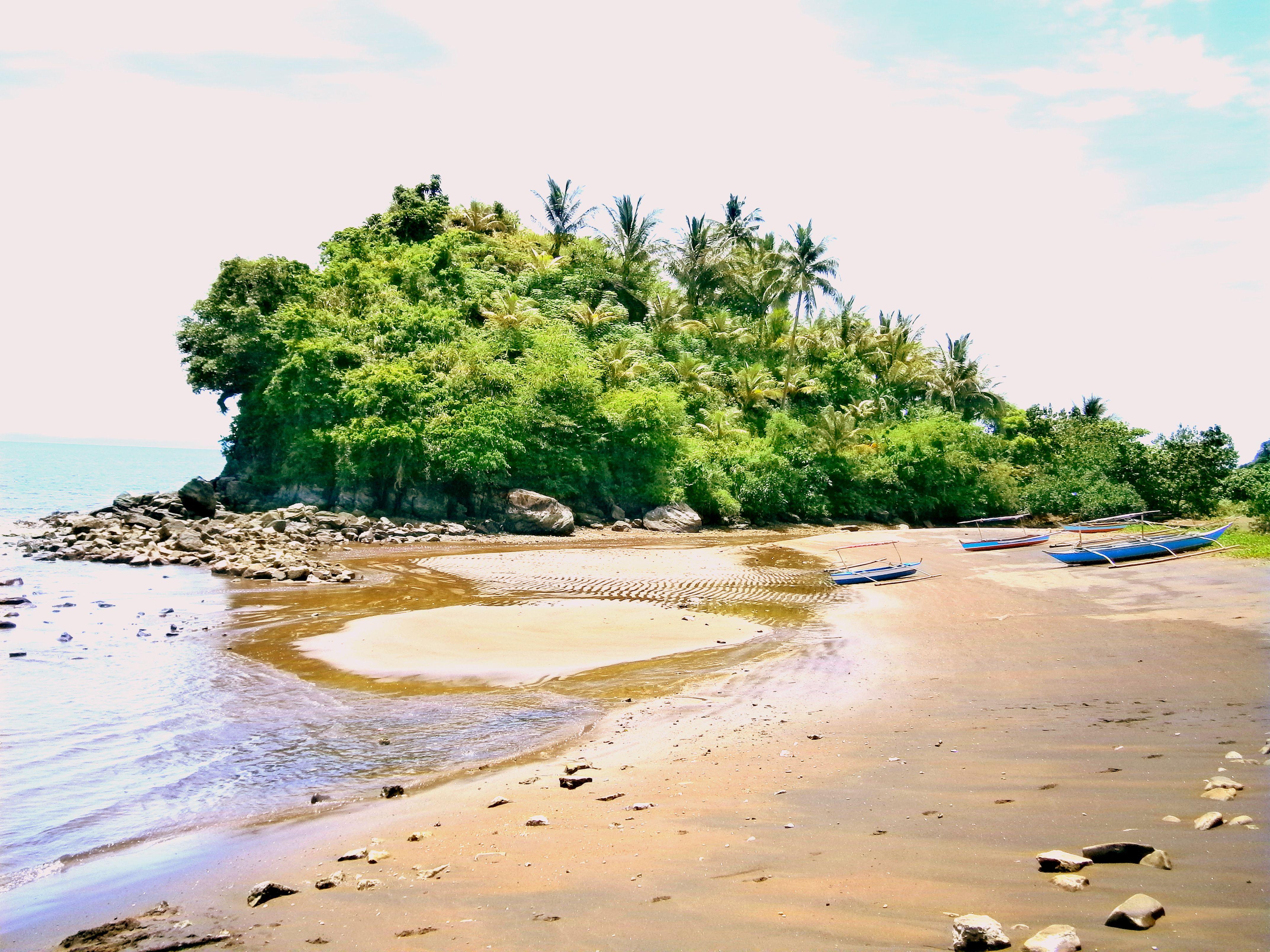 view from 24/7 fun resort, bariis tiwi, albay - bicol | natures