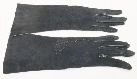 Vintage Kid Leather Suede Driving Gloves - Darkest Navy Blue 1940s more from www.buckinghamvintage.co.uk