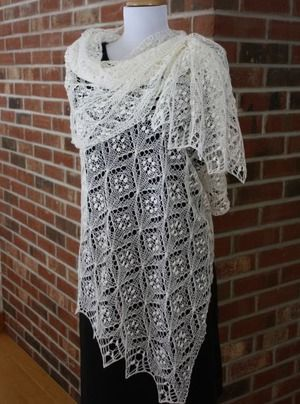 7 Delicate Estonian Lace Knitting Patterns To Swoon Over Shawl