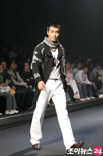 2006年 ソウルファッションウィーク