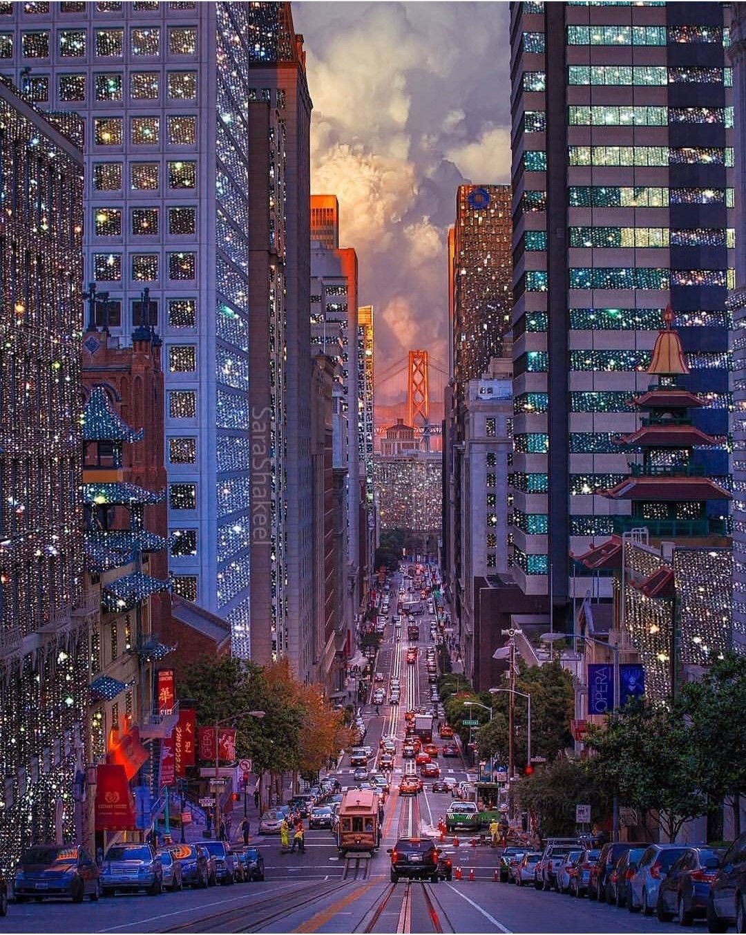 San Francisco, California This is the only street in the