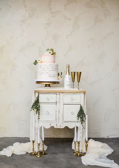 #champagne and wedding cake table wedding chicks