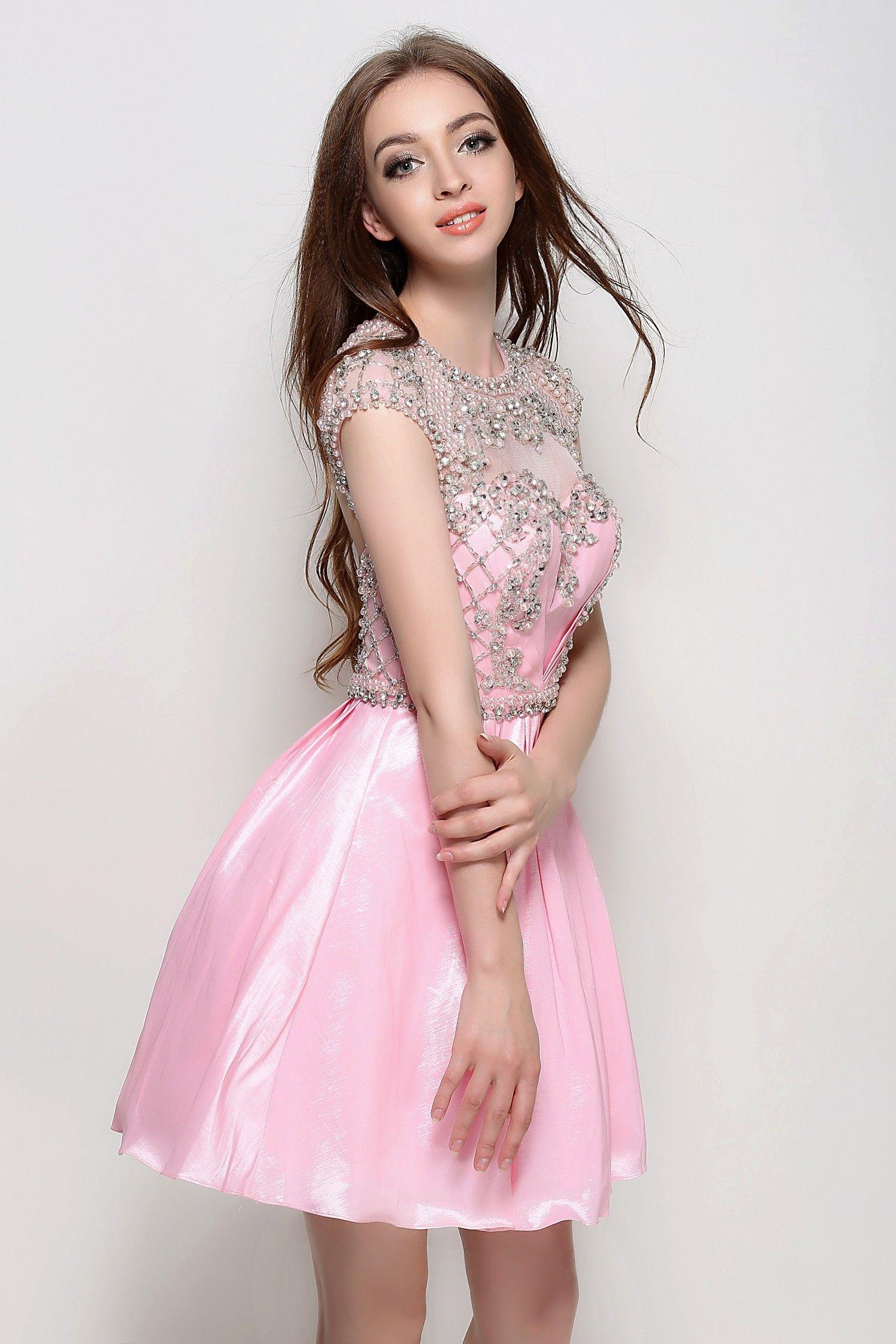 Luxury Turtleneck Prom Dress Illustration - Wedding Plan Ideas ...