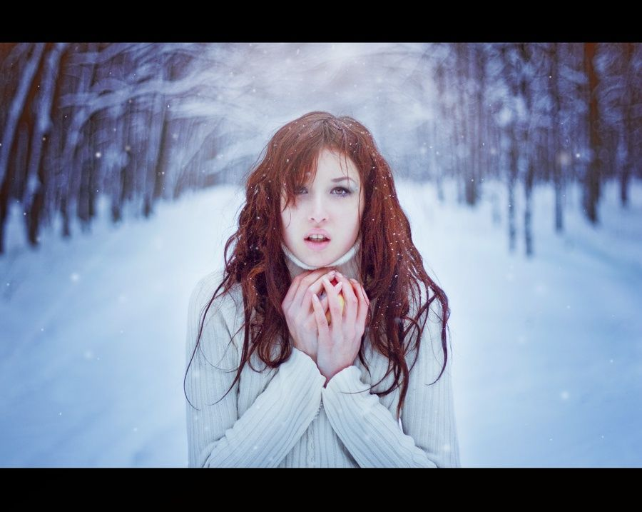 Makes me want to go back to winter and do a snow shoot again!!  Ha!