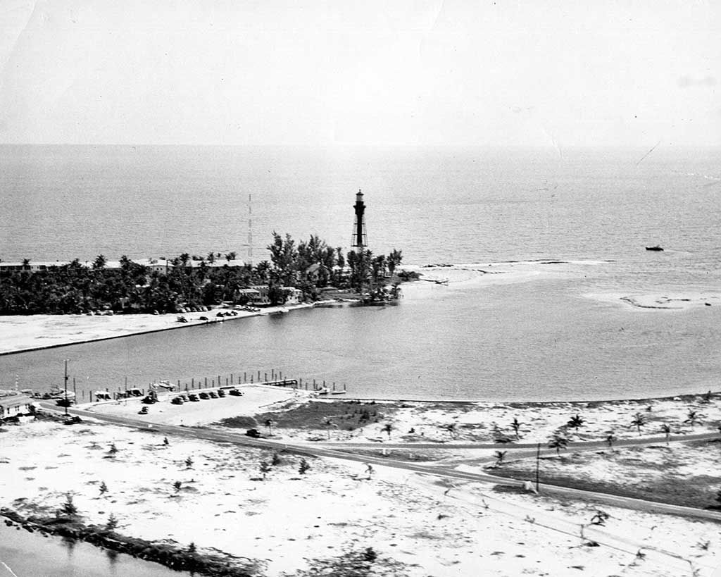 Inlet 1950s lighthouse pompano beach fl pinterest lighthouse beach geenschuldenfo Images