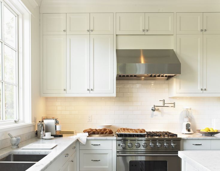 What to Know About Standard Kitchen Cabinet Dimensions in ...