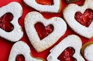 Google Image Result for http://recipeshack.com/wp-content/uploads/2011/01/cookies-san-valentin.jpg