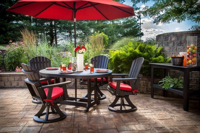Outdoor Patio Furniture Set With Red Umbrellas