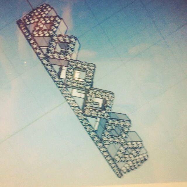 Progetto Rhinoceros per Lotonatif design.deluzioso anello a coroncina con lavorazione piccolissime semisfere !