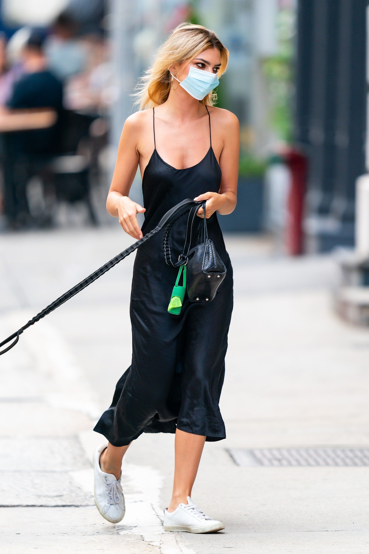 Emily Ratajkowski Perfects The Summer Slip Dress And Sneakers Combo Slip Dress Street Style Summer Slip Dress Dress And Sneakers Outfit [ 3000 x 1999 Pixel ]