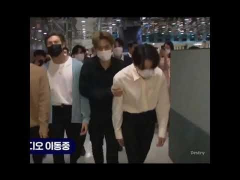 [방탄소년단 뷔] 스튜디오가는길~ 스튜디오 도착 #V #BTSV #TAEHYUNG #뷔 #방탄소년단뷔 part2 - YouTube