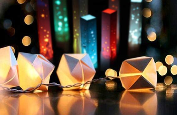 DIY Origami Cube String Light - http://puritano2.com/?p=979