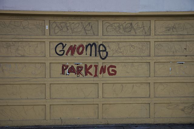 Gnome parking.