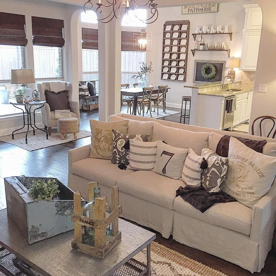 pin by massiel nunez on decor home living room designs on family picture wall ideas for living room furniture arrangements id=60904