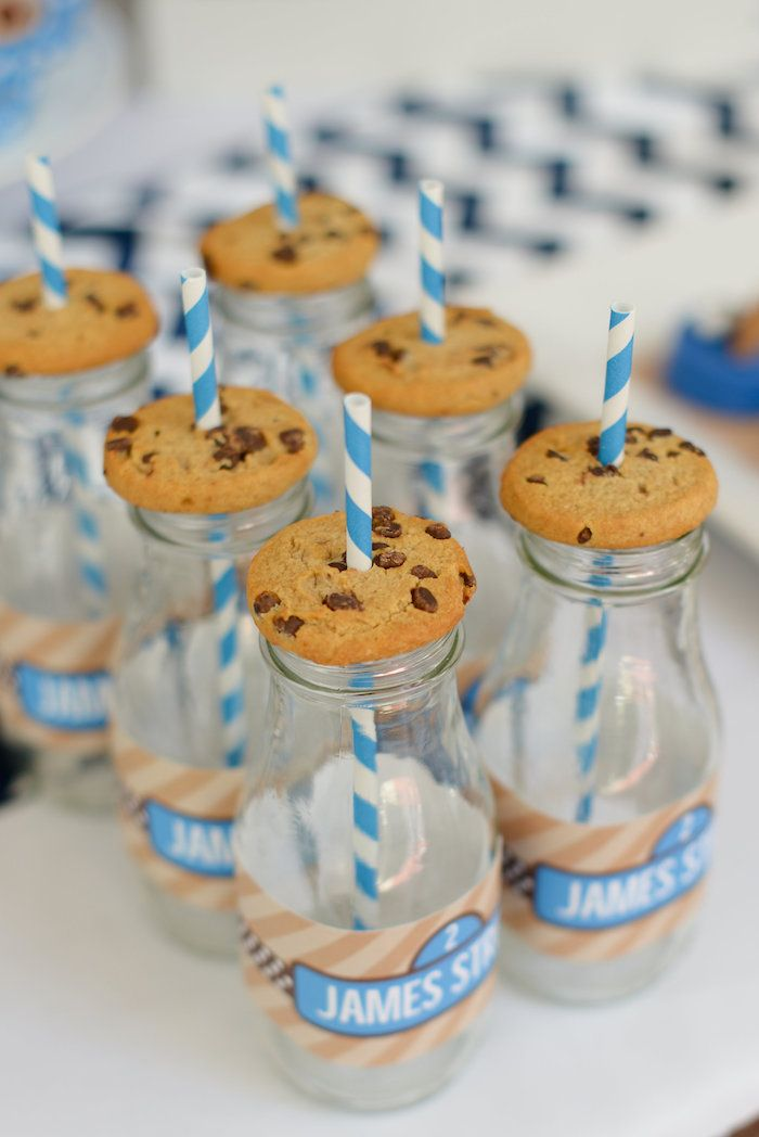 Cookie Monster Themed Birthday Party {Decor, Ideas, Planning, Cake}