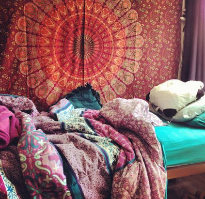 Boho Room Decor I Think The Blanket On Wall Is Urban Outfitters