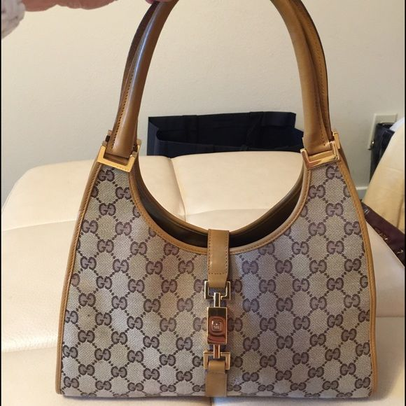 Genuine GUCCI Jackie O Hobo Bag Awesome vintage Gucci monogram Fabric  medium size brown Jackie O d5668b19a9292