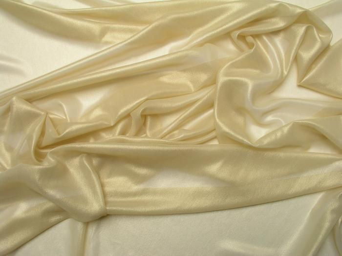 tissu georgette de soie dor e tissu luxueux couture tissus d 39 t pinterest. Black Bedroom Furniture Sets. Home Design Ideas