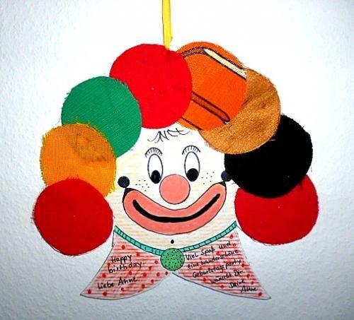 clown als geschenkverpackung fasching basteln meine. Black Bedroom Furniture Sets. Home Design Ideas