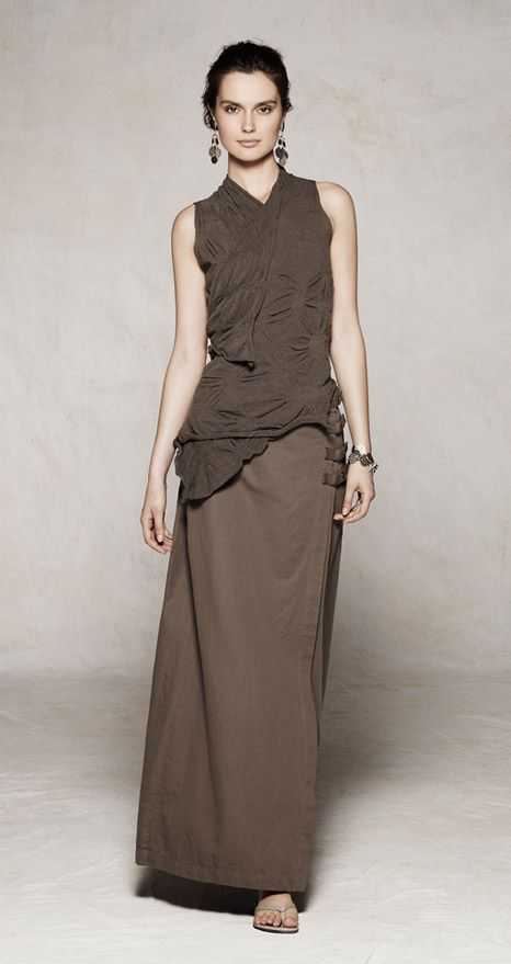 fb1769e1e524 Love her clothes. First discovered her in Amsterdam. Sarah Pacini :: Summer  Collection 2012