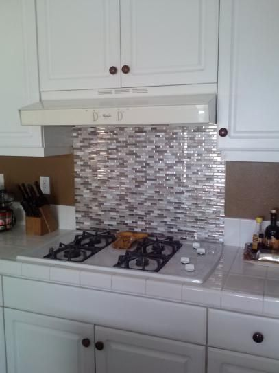 Smart Tiles Bellagio Sabbia Beige 10.06 in. W x 10.00 in. H Peel and ...