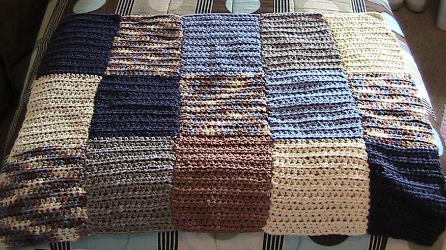 Lap Caridad manta afgana con hilo de Bernat | crochet | Pinterest ...