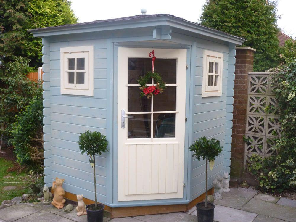 tuin blog introduction gardening log cabin exterior. Black Bedroom Furniture Sets. Home Design Ideas