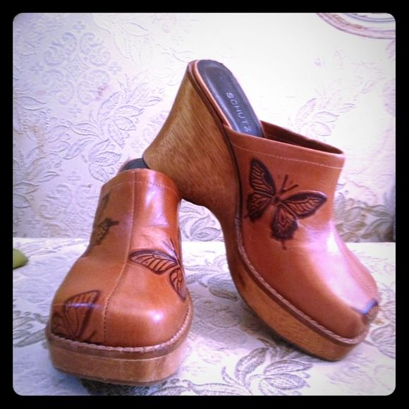 Butterfly clogs Stunning and Gently used, rare butterfly clogs.  Got them at Nordstom years ago.. Fun for the summer Schultz Shoes Mules & Clogs