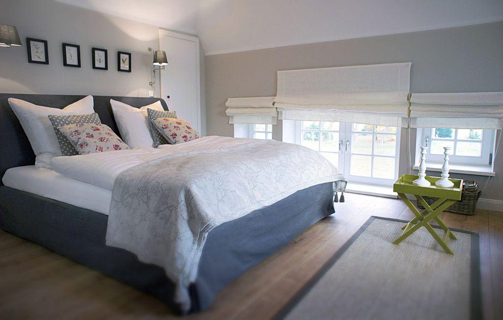Gemütliche Sitzecke im Schlafzimmer auf der Galerie (mit ...