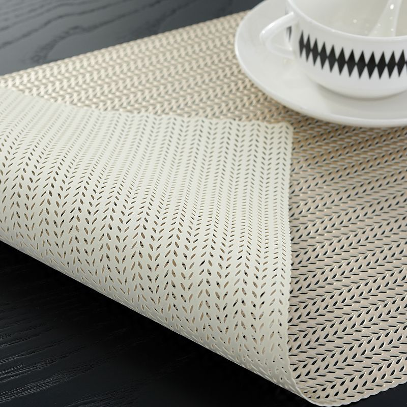 Bright Coloured Placemats Light Gold Round Vinyl Table Mats Manufacturer Sale Placemats Table Mats Gold Placemats