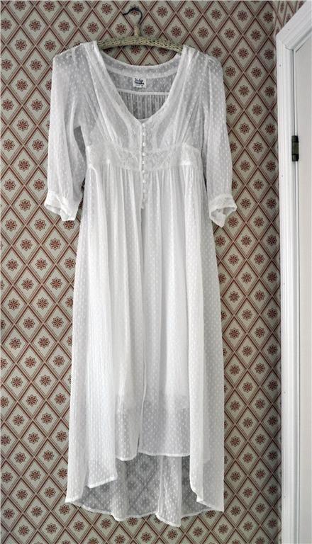 8eda36811822 Vintage stories (kappahl) vit klänning stl 36! Midsommar, brudklänning,  student