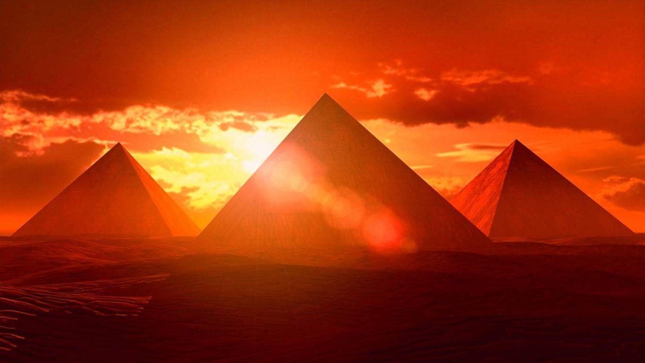 Sunset Of Pyramid Wallpaper