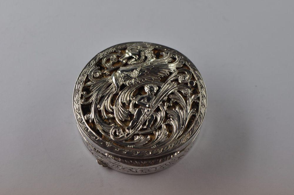 antike Dose Silber 800 mit Drachen und Kind. Reiner Jugendstil um 1900 museal