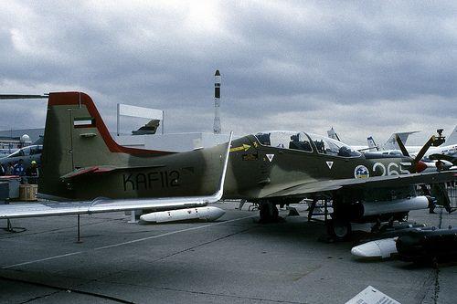 Tucano: Kuwait Air Force KAF112 Paris Air Show 1991