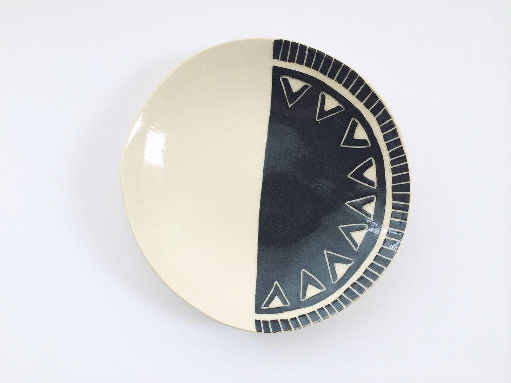Elaver Ceramic Plate