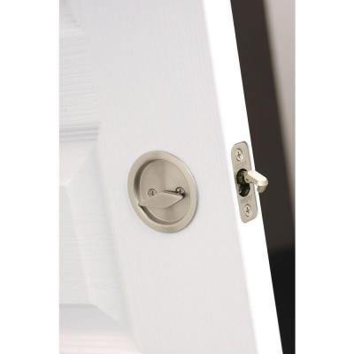 Kwikset Round Satin Nickel Bed Bath Handle Pocket Door Lock 335 15 Rnd Pckt Dr Lck The Home
