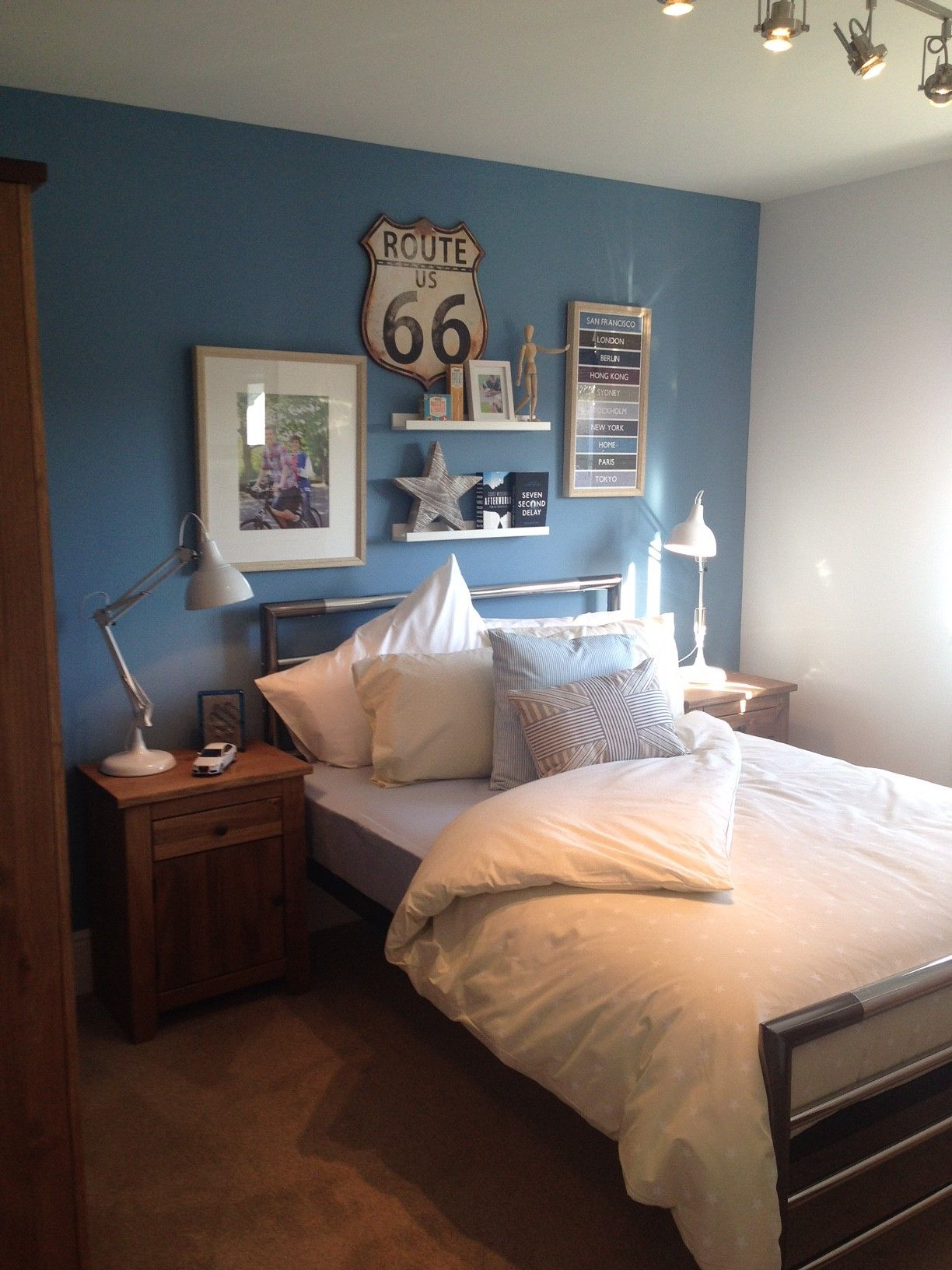 Quirky teenage boys bedroom. Great use of artwork to create a ...