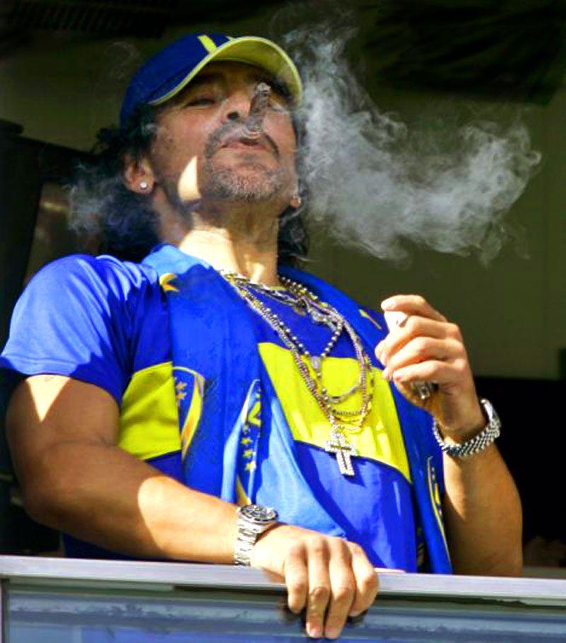 Diego Maradona Soccer Superstar & Legend | Diego maradona ...