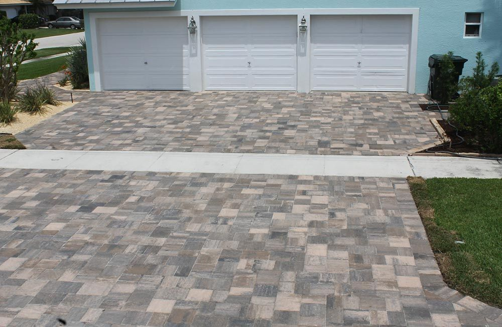 Stonehurst Oak Run Paver Driveway Installed By National