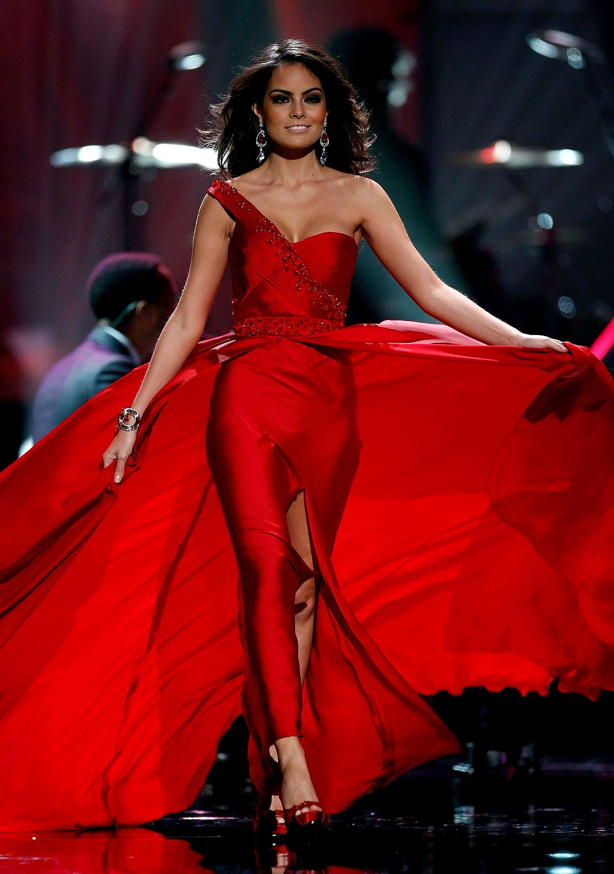 Miss Mexico 2010 Jimena Navarrete | Vestidos de miss, Ximena navarrete,  Vestidos de glamour