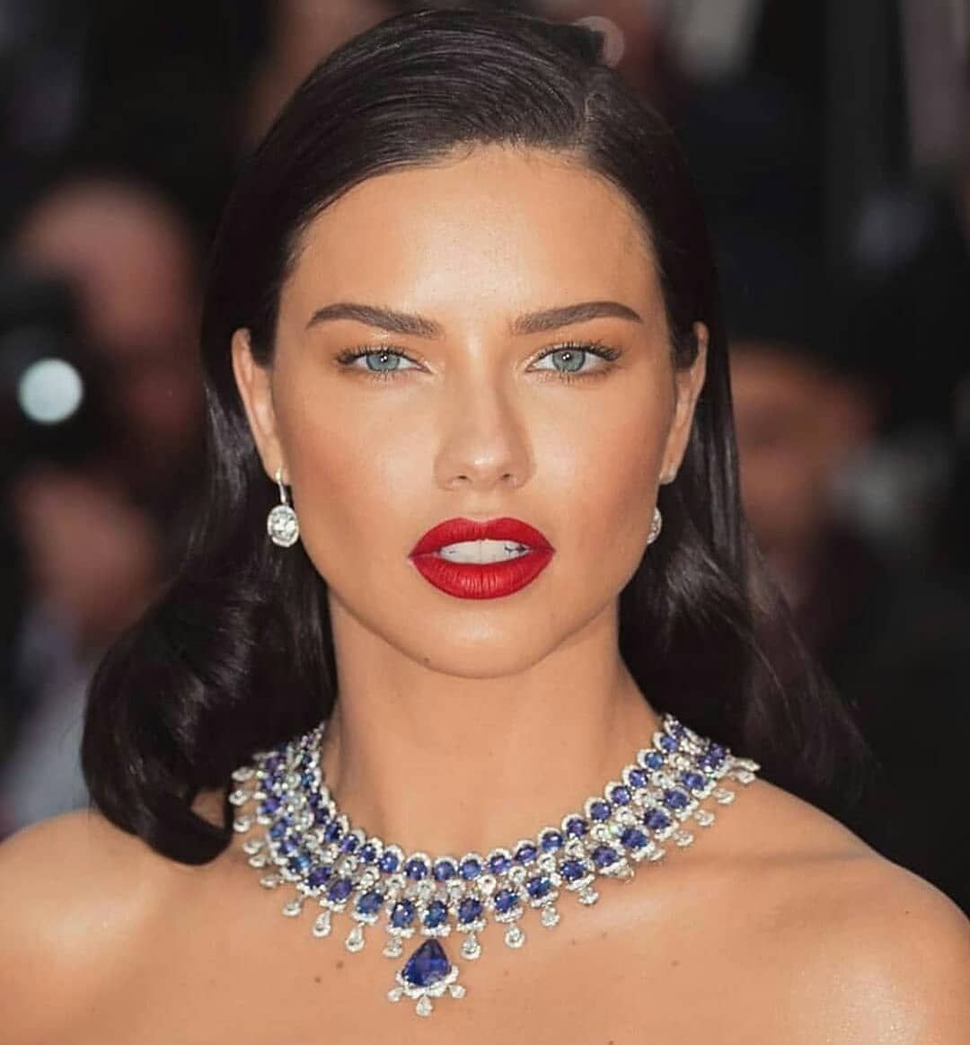Reposted from @haremsjewel Queen of #jewellery !😍 1-9? .#adrianalima 😍 . . 💖 💕💞 . . . .#earings #celebrities #style #inspiration #diamonds #rosegold #necklace #brooch #jewellcloset #finejewelry #jewelry #jewellery #jewels #jewelrydesigner #glam #finejewellery #luxurylifestyle  #chic #trendy #fashionable #highjewelry #highjewellery  #handmadejewellery #luxe  #jewelleryaddiction - #regrann
