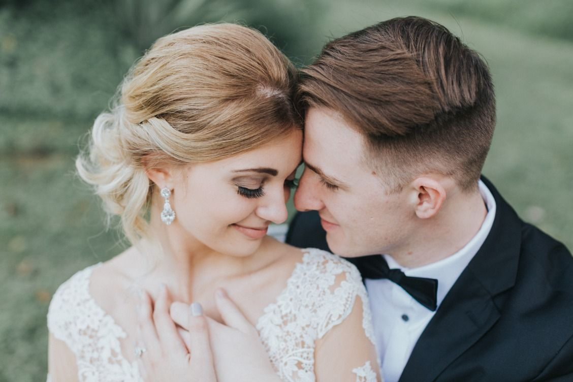 Moody romantic and dreamy wedding martina liana separates