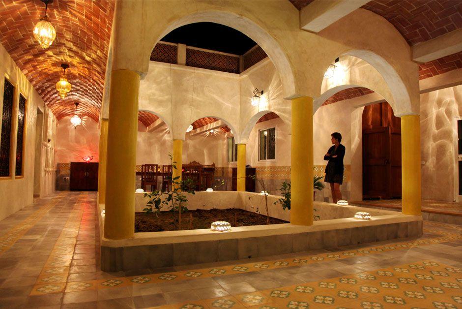 Dar enesma maison d 39 h tes en tunisie int rieur patio for Interieur tunisie