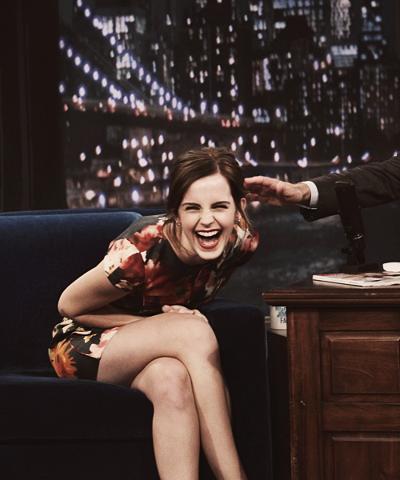 Emma Watson On Late Night With Jimmy Fallon Laughingoutloud Realemotion Emmawatson Emma Watson Perfect People Emma